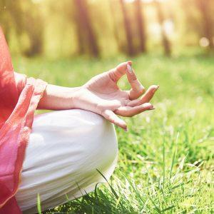 meditazione yoga sordità